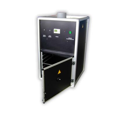 Bestrahlungskammer mit 450W oder 1000W UV-Strahler.